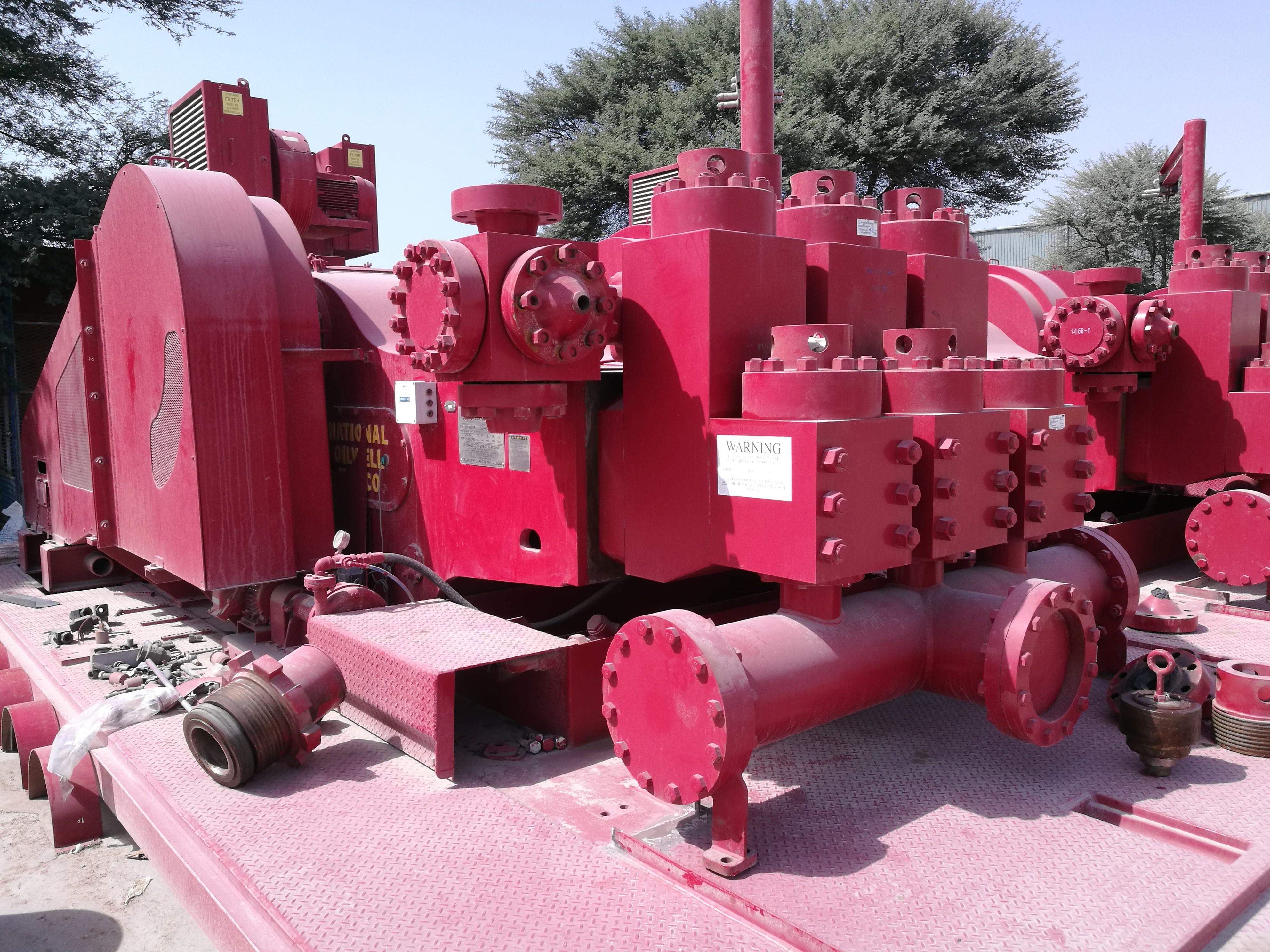 Mud Pump FD-1600   Rigfinder Oil Equipment   UAE
